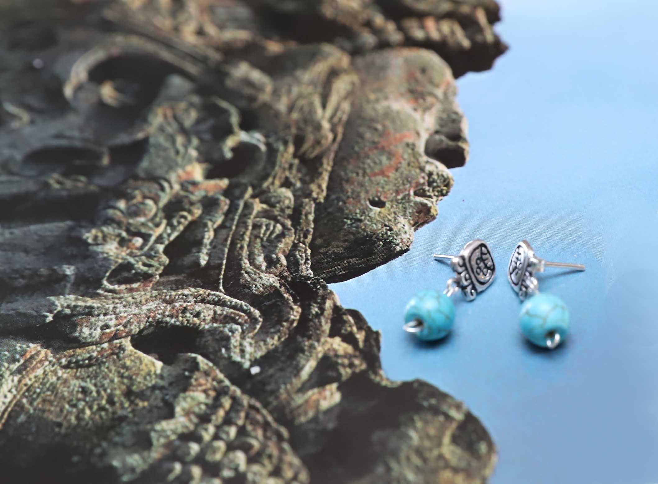 Aretes patacones Mayas con piedras