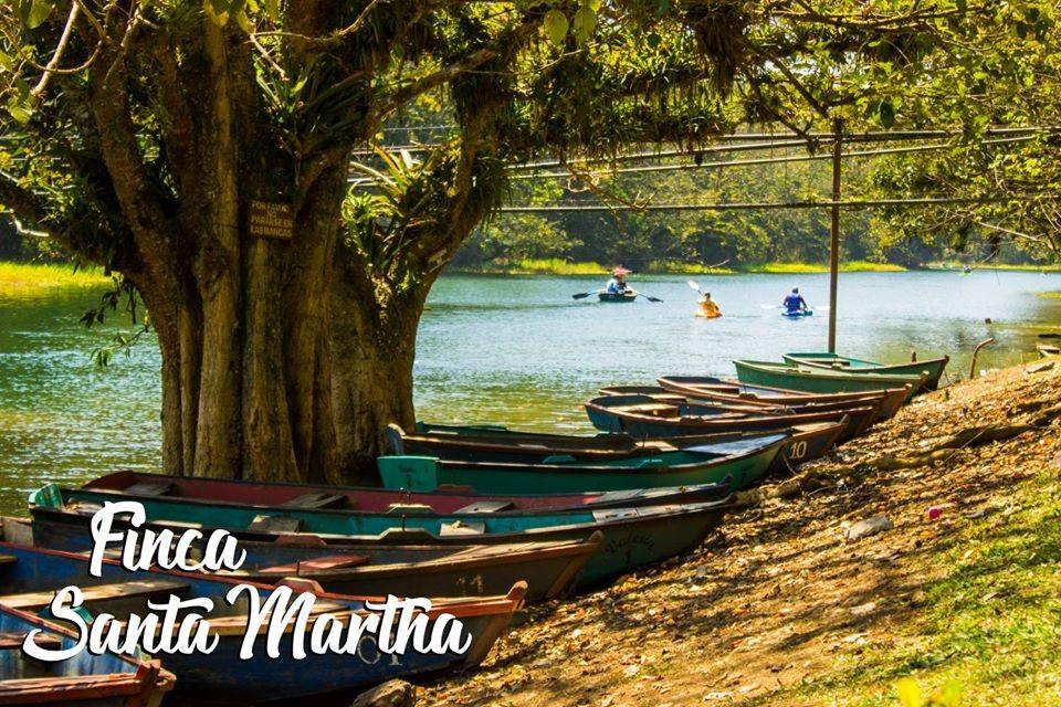 Bioparque Paradise - Kayak en el Lago de Yojoa