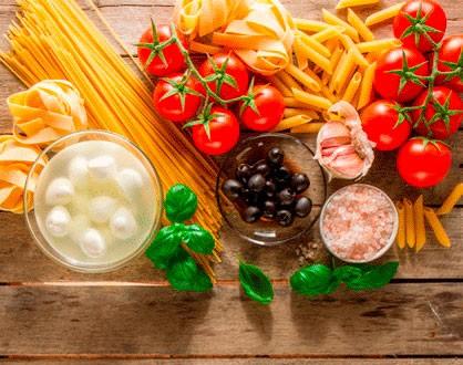 Al Pesto con Tomate Cherry y Hongos